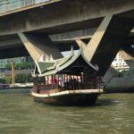 タイ・バンコクで観光旅行するならワット・アルンがおすすめ