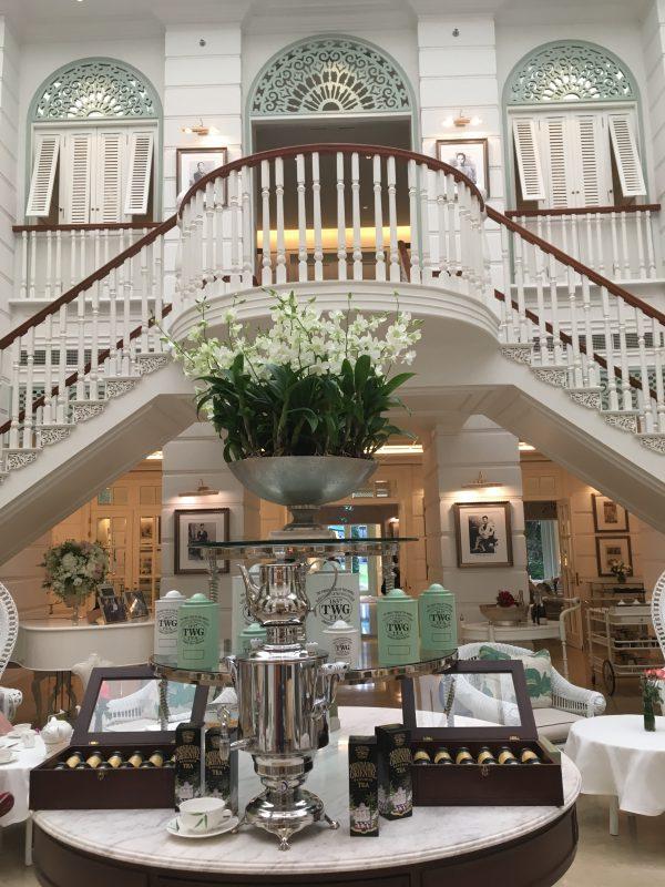 バンコクのマンダリンオリエンタルホテルアフタヌーンティーです